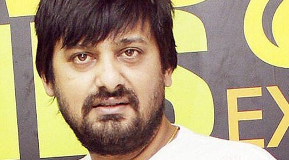 Wajid Khan sings Salman Khans Dabangg song in viral video from hospital