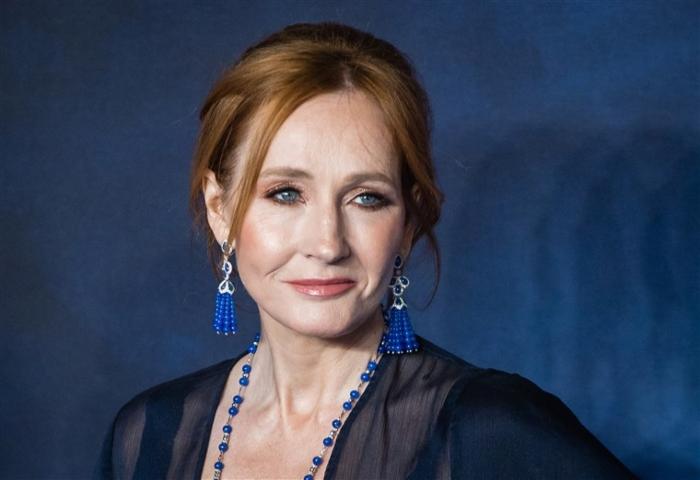 JK Rowling speaks about transgender issues