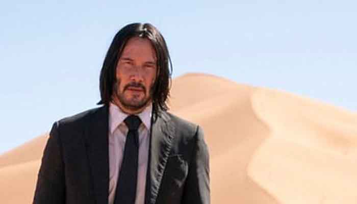 Keanu Reeves auctioning off $25000 Zoom date for charity