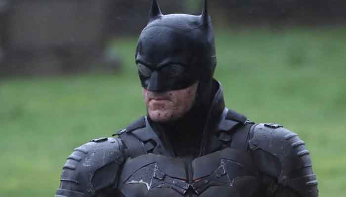 675348 6141111 batman robert updates
