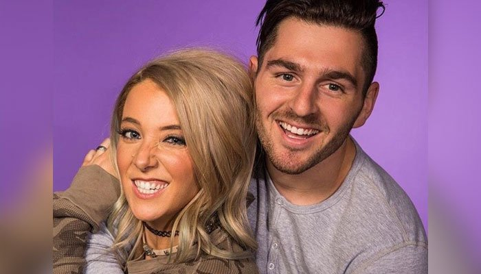 Jenna Marbles' sweetheart suspends YouTube direct in her help