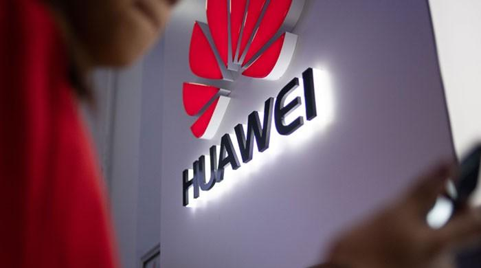 Huawei has (briefly) overtaken Samsung as the world's top smartphone vendor