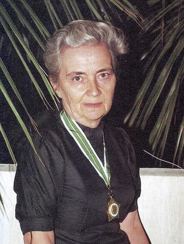 Dr Pfau with Hilal-e-Pakistan Medal