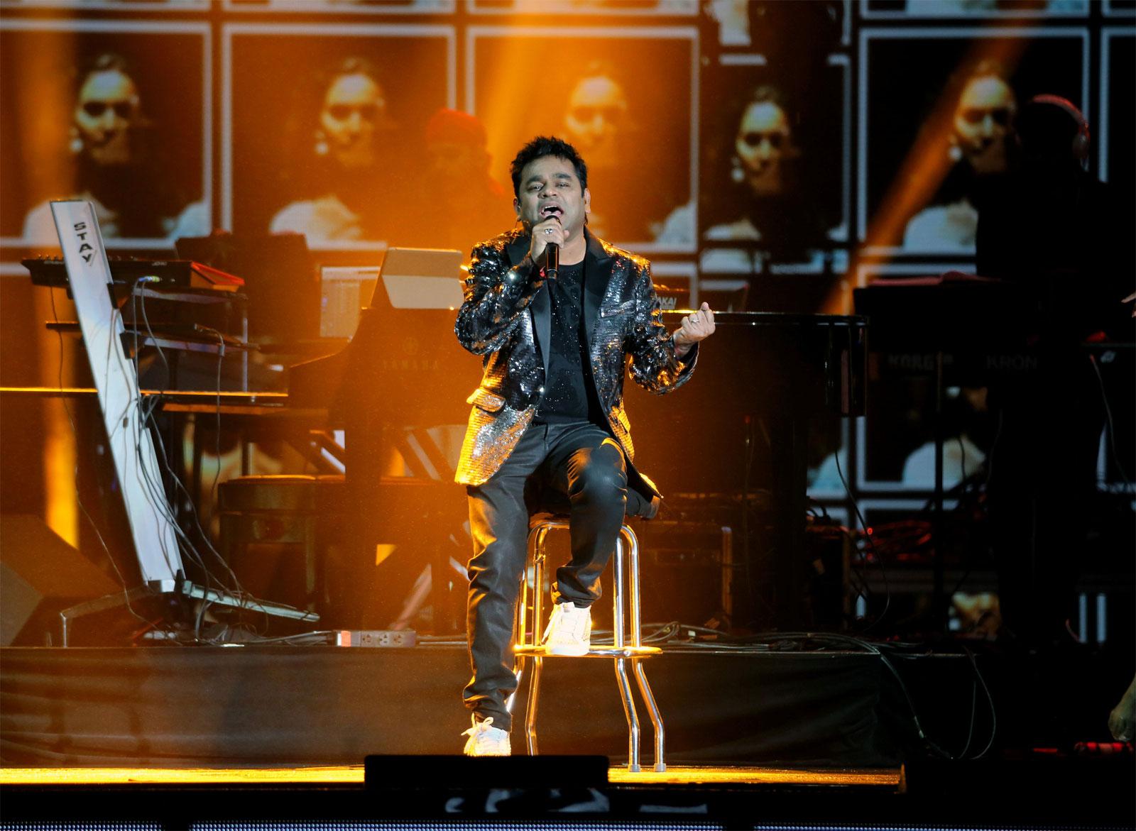 AR Rahman performs during IIFA Awards 2017/REUTERS