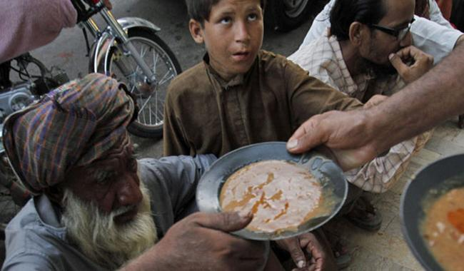 poverty in pakistan Supported poverty reduction efforts in pakistan through enhanced levels of  this  working paper examines the targeting efficiency of three large poverty.