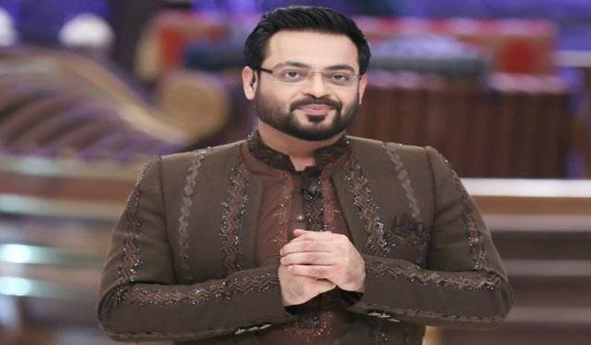 Aamir Liaquat assails statement of Ishratul Ebad's spokesman