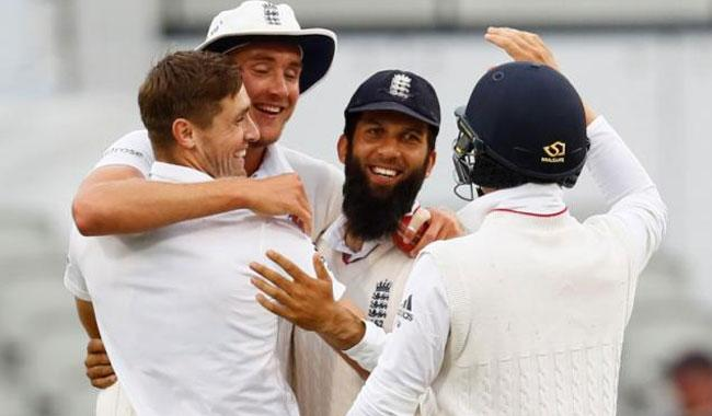 Anderson, Woakes, Ali bowl England to big win