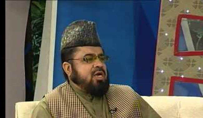 Police hand over questionnaire to Mufti Qavi