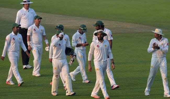 Pakistan scent series-clinching win in Abu Dhabi