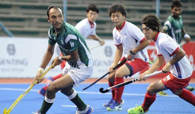 Pakistan thrash China to confirm semis berth
