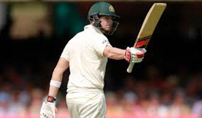 Smith hits ton as Aussies hammer sloppy Pakistan