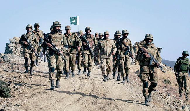 Pakistani forces pound terrorist camps in Afghanistan