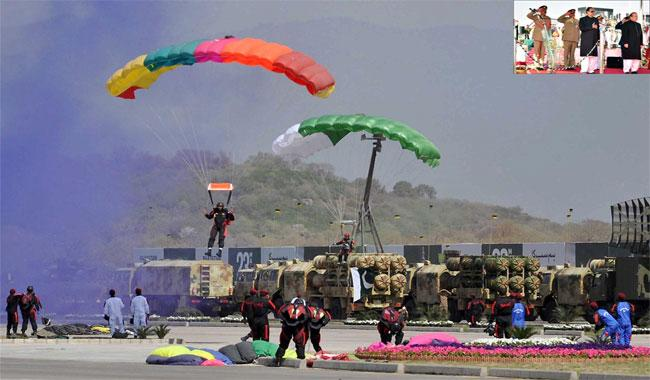Spectacular show of military might on Pakistan Day
