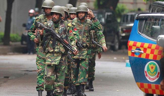 Blasts kill three as BD commandos storm extremist hideout