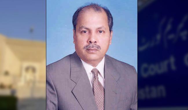 Nawaz is no more honest, Ameen: Justice Gulzar