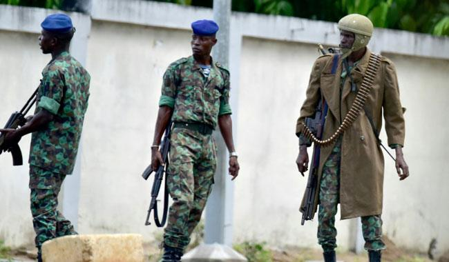 Mutinous soldiers in Ivory Coast refuse to disarm, surrender -spokesman