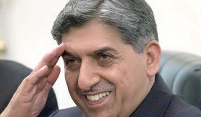 Civil-military leadership allowed Raymond Davis leave scot-free: Imran