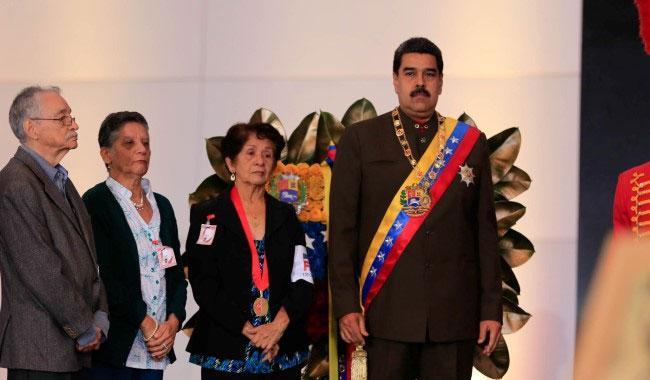 Venezuela oppo holds unofficial plebiscite to defy Maduro