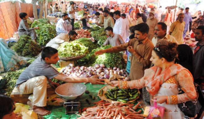 Officials fail to check overcharging in makeshift markets