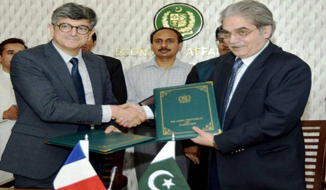 France, Pakistan sign €165mln loan accord for energy sector