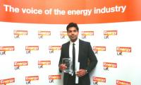 Young Pakistani receives 'Engineer of the Year' award in UK