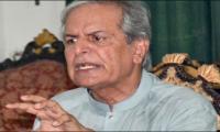 Imran said Nawaz would be ousted through court: Hashmi