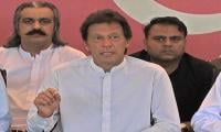 Nawaz should tell who signalled him to come on roads: Imran
