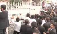 Lawyers run riot as LHC orders arrest of their Multan leader