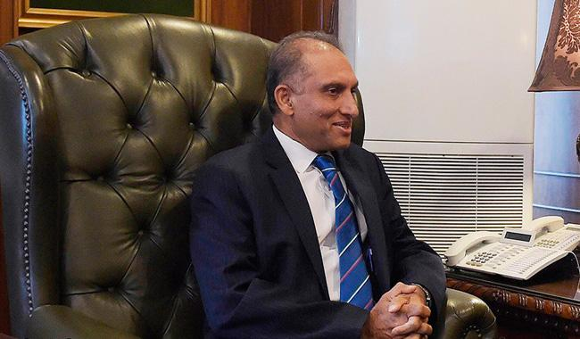 Basit's scathing letter: Don't believe in hurling insults, says Aizaz Chaudhry