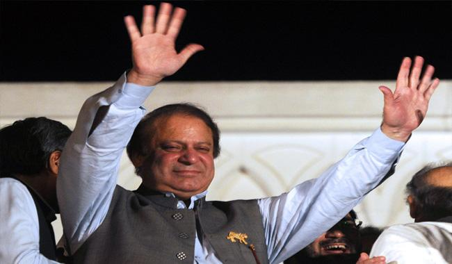 Nothing learnt from fall of Dhaka: Nawaz