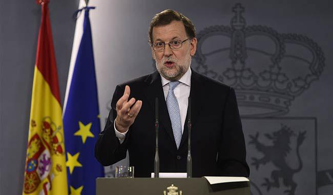 Spain threatens to suspend Catalonia's autonomy in crisis