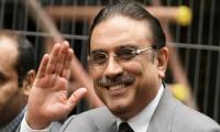 Zardari demands financial emergency, Dar's resignation