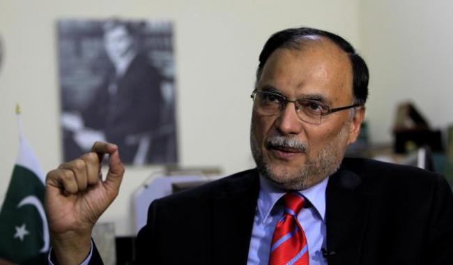 'Military spokesman should refrain from statements on economy'