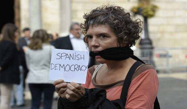 Catalans protest as key separatists leaders detained