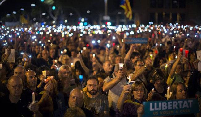 Spain threatens Catalan separatists