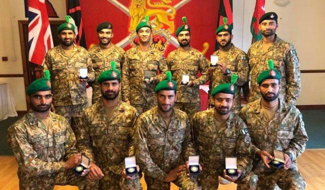 Pak Army team wins Gold Medal in Exercise Cambrian Patrol 2017