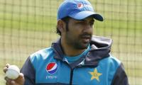 Sarfraz approached by bookie, reports matter to PCB