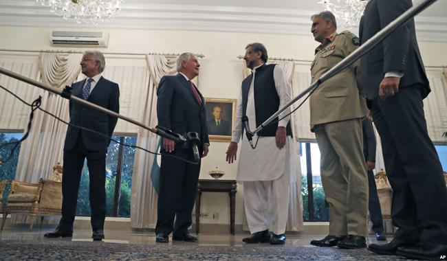 Pakistan, US divided on how to start Afghan peace talks