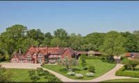 Camouflaged £7m UK home: Tareen, wife discretionary lifetime beneficiaries