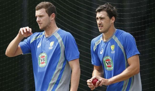 Starc marvels at 'genius' Hazlewood