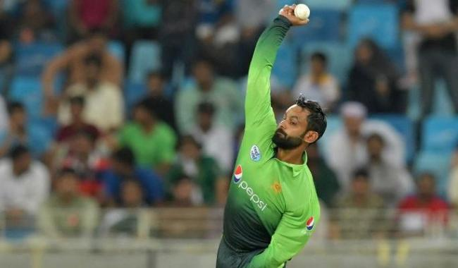 Pakistan all-rounder Mohammad Hafeez banned from bowling in global cricket again