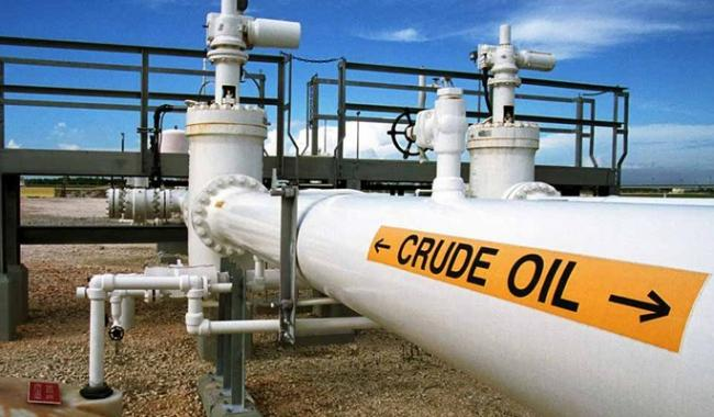 Oil production remains flat in October
