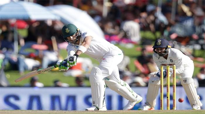 Kohli keeps sniffing Proteas at bay