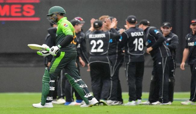 Boult destroys Pakistan as NZ take series