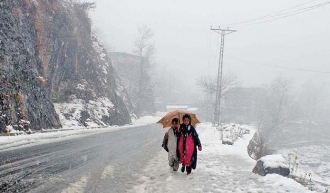 Rain, snowfall in parts of KP, Fata bring mercury down
