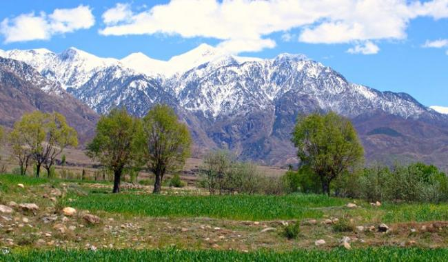 Tourists throng various scenic parts of Kurram Agency