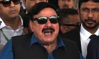 Sh Rasheed moves NAB against PM, Capt Safdar