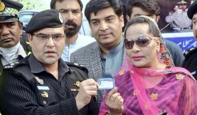 Transgender community hails issuance of driving licences in KP