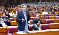 PM lectures ministers, reprimands secretaries for ignoring parliament