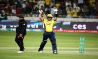Kamran 'The Hulk' Akmal carries Peshawar Zalmi into HBL PSL final